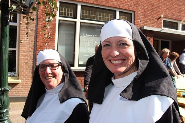 Nonnen die pret hadden Brielle  1   wikimedia