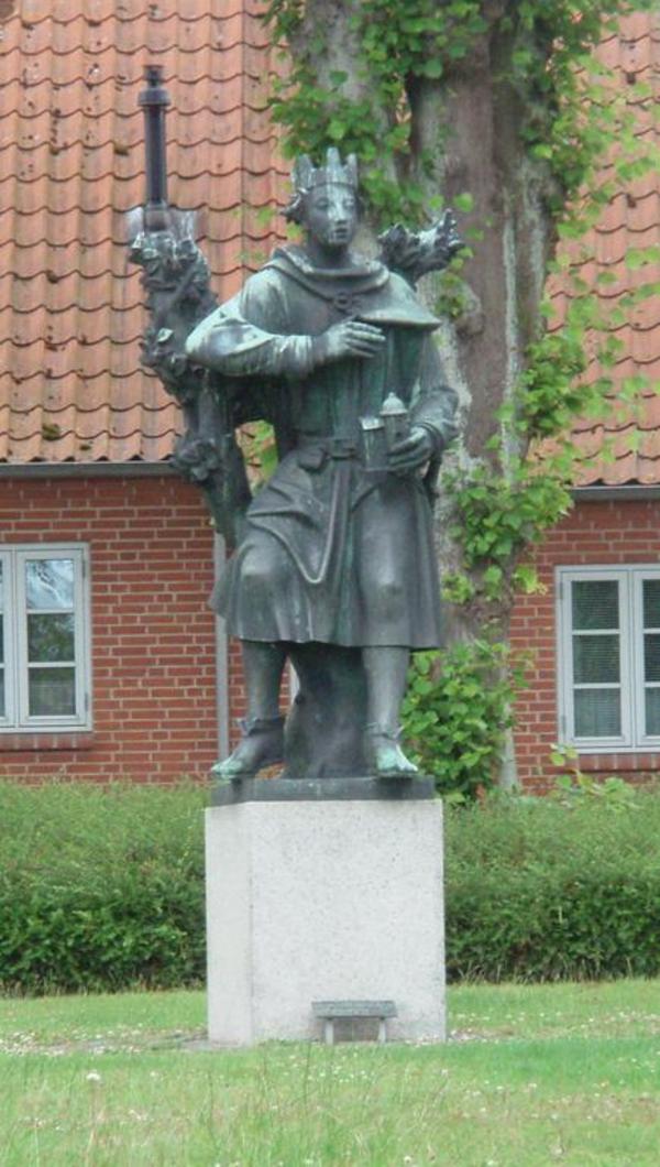 Nis Hoff  2008  Wikimedia Commons