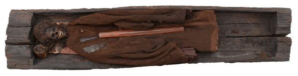 Bronzealder  en oplevelse i bronzealderen  aktivitet  Den unge mand fra Borum Eshoej DO 4801 1200  nat mus