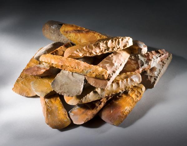 Stenalder  tro og rel  et offer i mosen  OEkser fra Nyhave DO 9635 1200  Nat mus