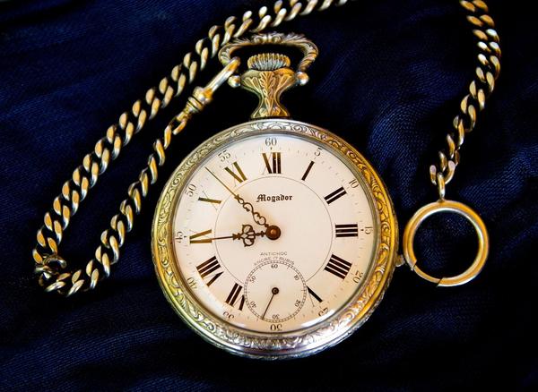 Hvad er tid  Gaet tiden  aktivitet  lommeur  pocket watch 979240 1280  pixabay