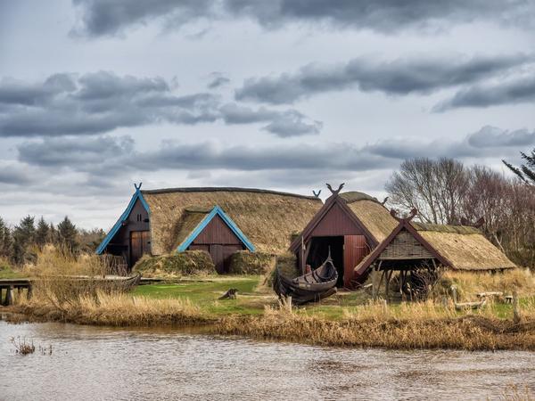Vikingebolig shutterstock 267881153