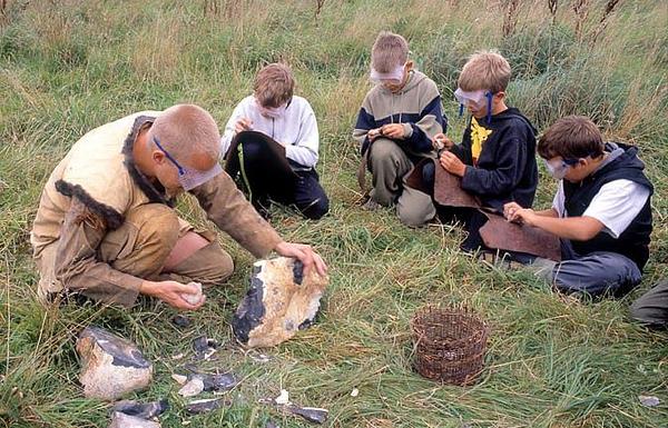 flinthugning  c  Sagnlandet Lejre