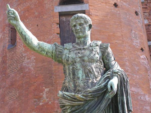 Rom  Dagligliv  kejser augustus2  novel 1230263 1280  pixabay