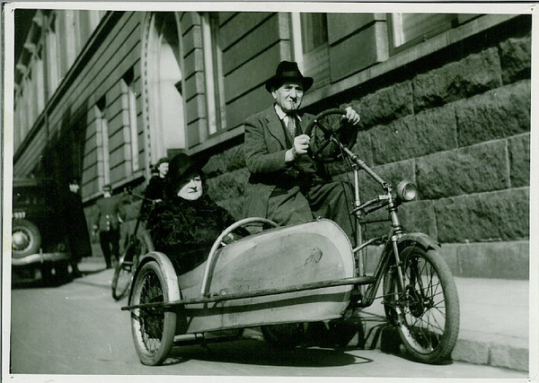 Cykel med sidevogn  Helsingoer  u aa   Frihedsmuseet
